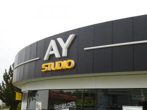Leuchtbuchstaben - Ay Studio