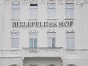 Leuchtbuchstaben - Bielefelder Hof