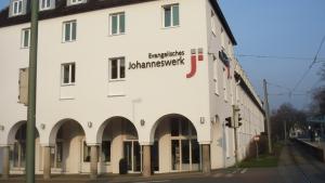 Leuchtbuchstaben - Johanneswerk