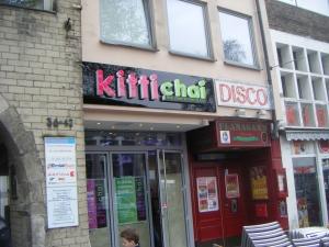 Leuchtbuchstaben - Kitti Chai 2