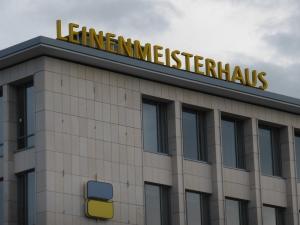 Leuchtbuchstaben - Leinenmeisterhaus