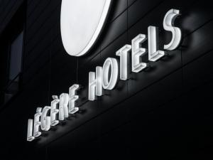 Leuchtbuchstaben - Logo nah