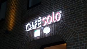 Leuchtbuchstaben - cafe Solo
