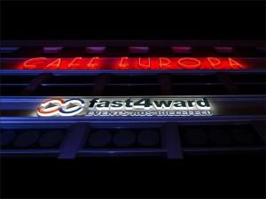 Leuchtbuchstaben - fast 4 ward