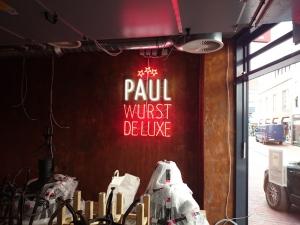 Neon - Paul Wurst